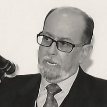 Hernán Salgado Pesantes
